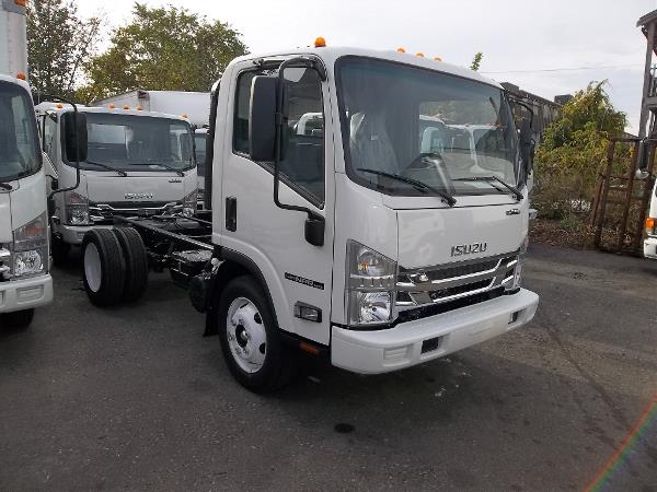 Isuzu Medium Duty Trucks Dealer Boston, MA | Sales & Parts